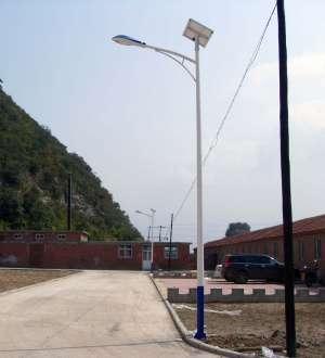 太阳能路灯厂家 户外太阳能路灯直销